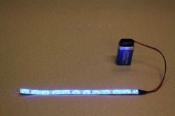 Flexibele LEDSTRIP op batterij - Blauw 20 cm. met 9 Volt aansluiting - LEDSTRIP op batterijvoeding - ledstr20b