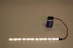 Flexibele LEDSTRIP op batterij - WarmWit 20 cm. met 9 Volt aansluiting - LEDSTRIP op batterijvoeding - LEDSTR20WW