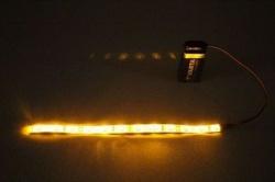 Flexibele LEDSTRIP op batterij - Geel 50 cm. met 9 Volt aansluiting - LEDSTRIP op batterijvoeding - LEDSTR50GE